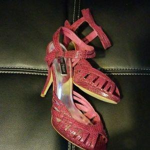 White house black market rosalie heels size  8